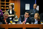 cancer-policy-briefing-052